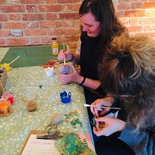 Christmas bauble decorating at The Cartshed Cafe