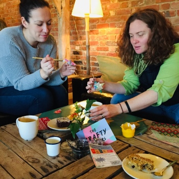 Bauble decorating at The Cartshed Cafe